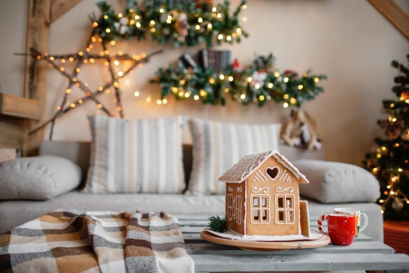Tips on how you can reduce the stress of moving during the festive period